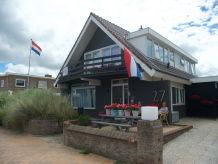 Ferienhaus van Twisk 3