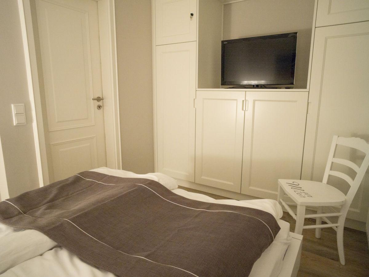 ferienwohnung meerzeit sylt westerland firma k nemann gmbh herr oliver k nemann. Black Bedroom Furniture Sets. Home Design Ideas