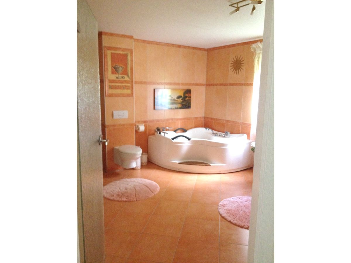 15 m luxusbad mit whirlpool anlage - Luxusbad Whirlpool