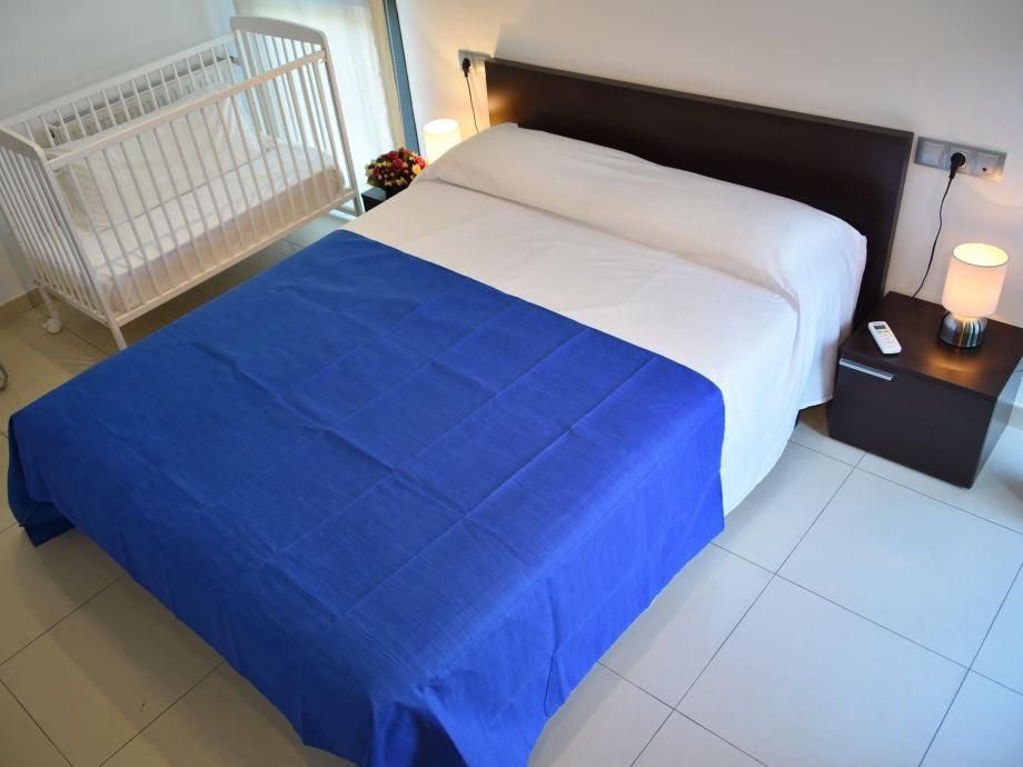 ferienhaus casa de la riera das haus am flussbett costa. Black Bedroom Furniture Sets. Home Design Ideas