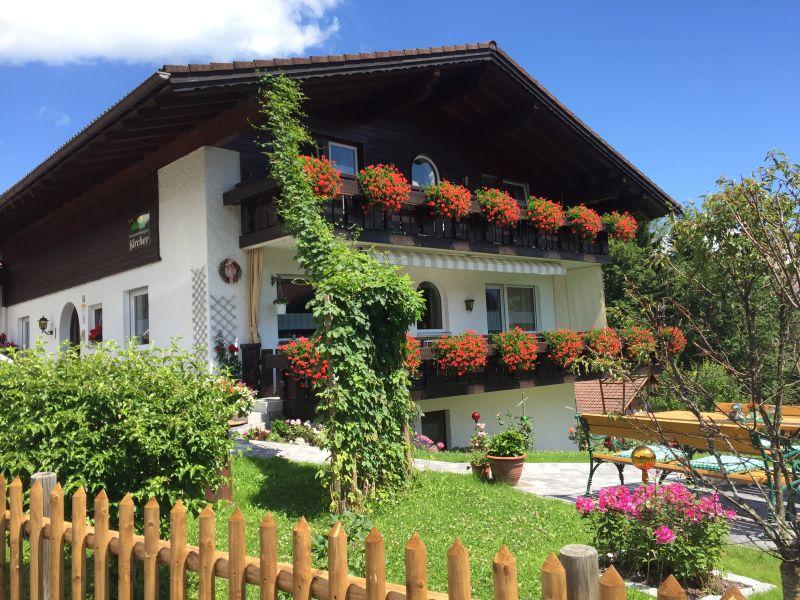 Ferienwohnung 2 Südbalkon mit Bergblick
