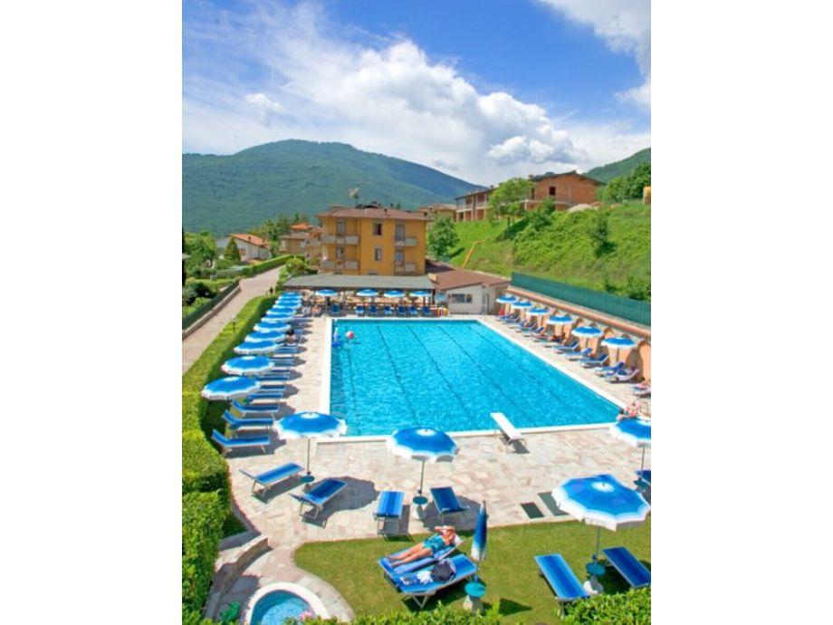 Tignale - Appartement Terrazzo Degli Amici 102 - Residence La Portella - Ihr Urlaub am Gardasee - Ferienwohnung, Ferienhaus, Appartement auf www.gardaseeappartements.com