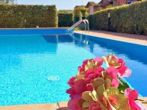 Ferienwohnung Apartment Ginestra mit großem Balkon und Pool