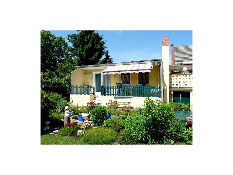 Haus mit Terrasse Gartenseite