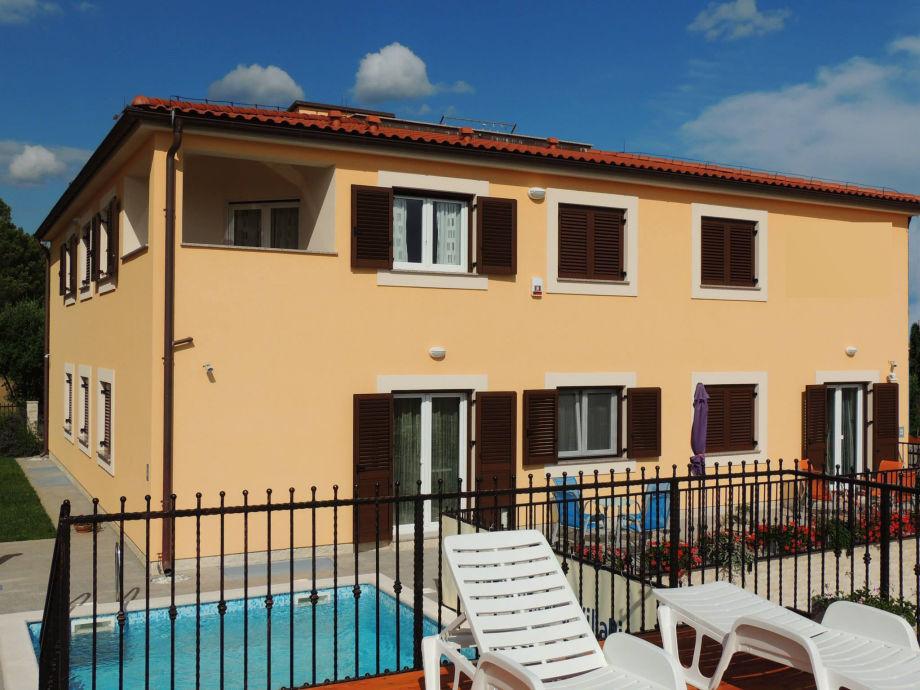 Swimmingpool-Villa Fazana in Istrien