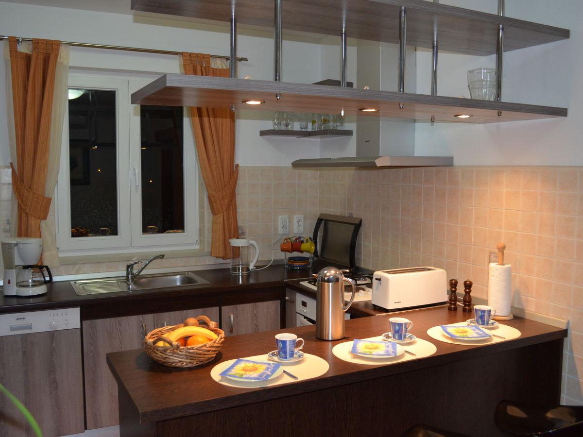 ferienhaus villa helena kroatien istrien frau doris reeb. Black Bedroom Furniture Sets. Home Design Ideas