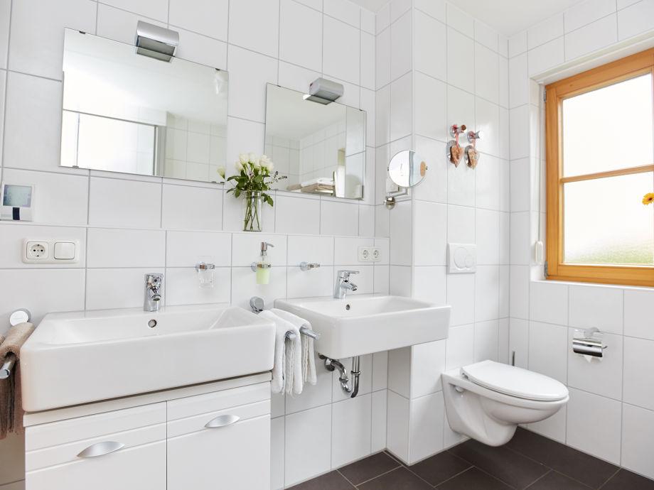 zimmer mit badewanne fr zwei das beste aus wohndesign. Black Bedroom Furniture Sets. Home Design Ideas