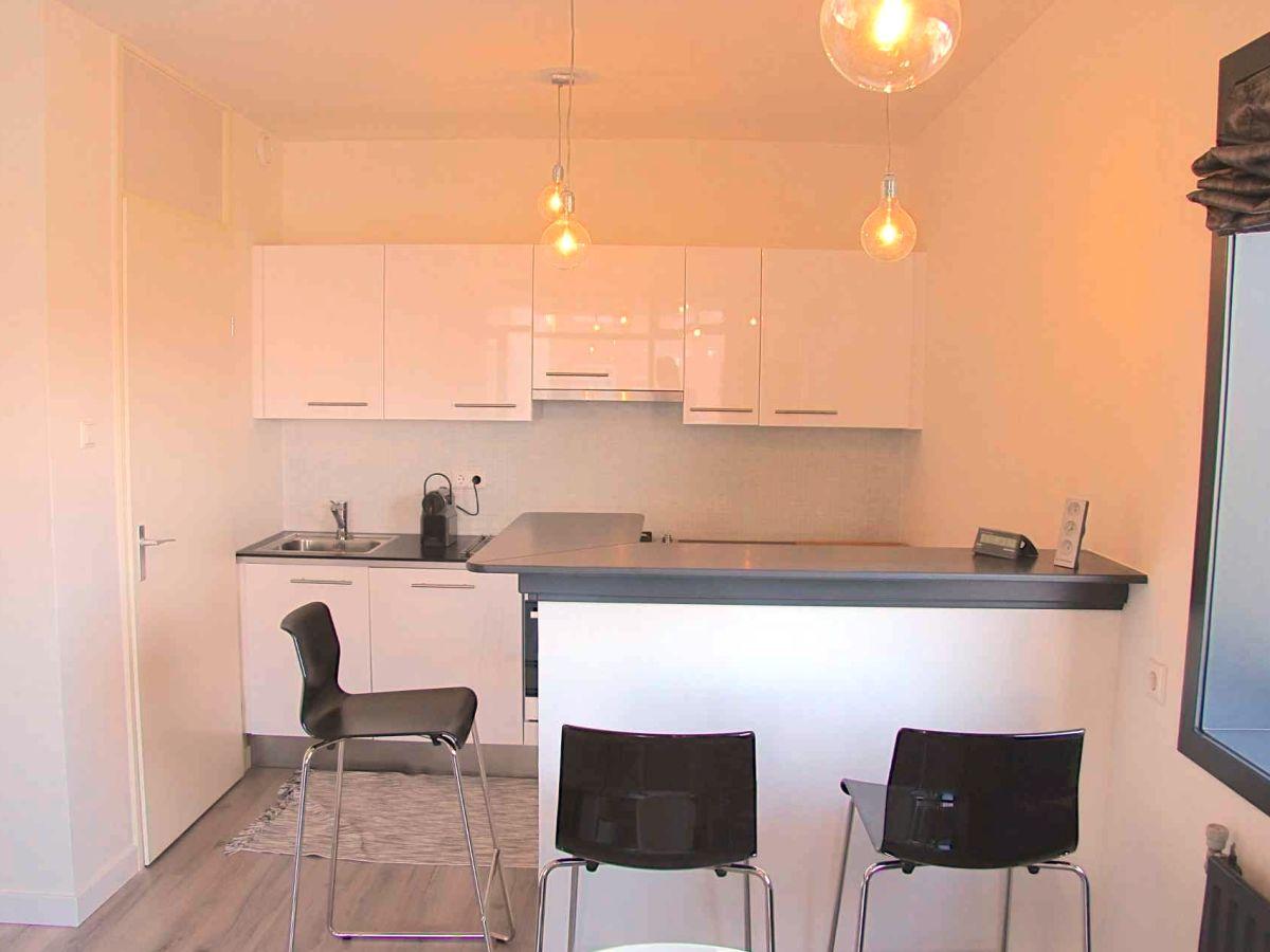 ferienwohnung bella s d holland noordwijk firma booklidays frau petra mardikjan. Black Bedroom Furniture Sets. Home Design Ideas