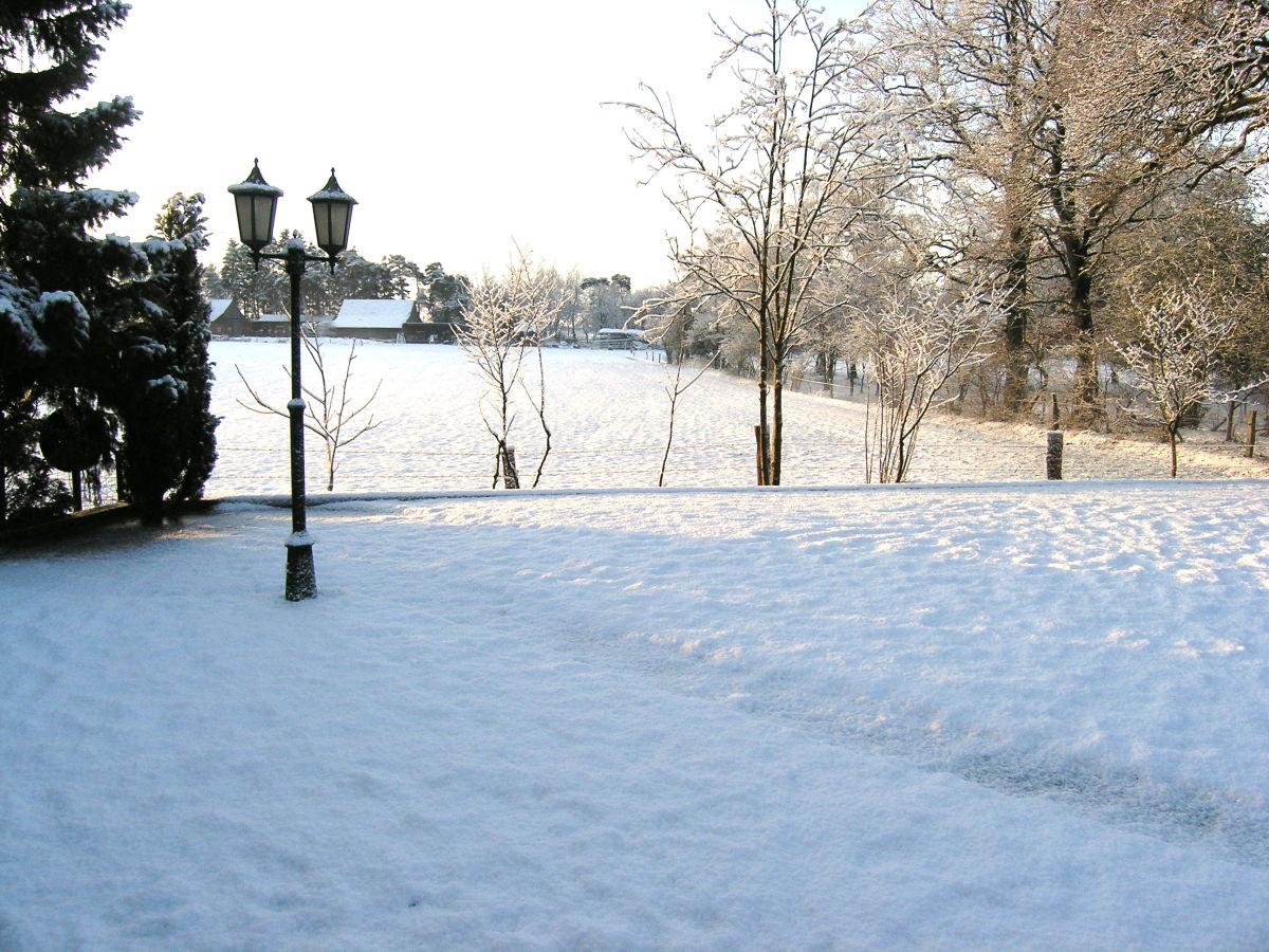 Ferienhaus beltvilla niedersachsen grafschaft bentheim itterbeck firma beltvilla gmbh co - Garten im winter ...