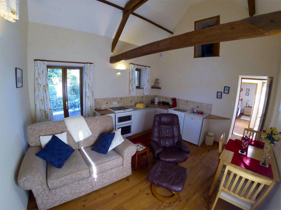ferienhaus le figuier normandie auxais frau jean hughes. Black Bedroom Furniture Sets. Home Design Ideas