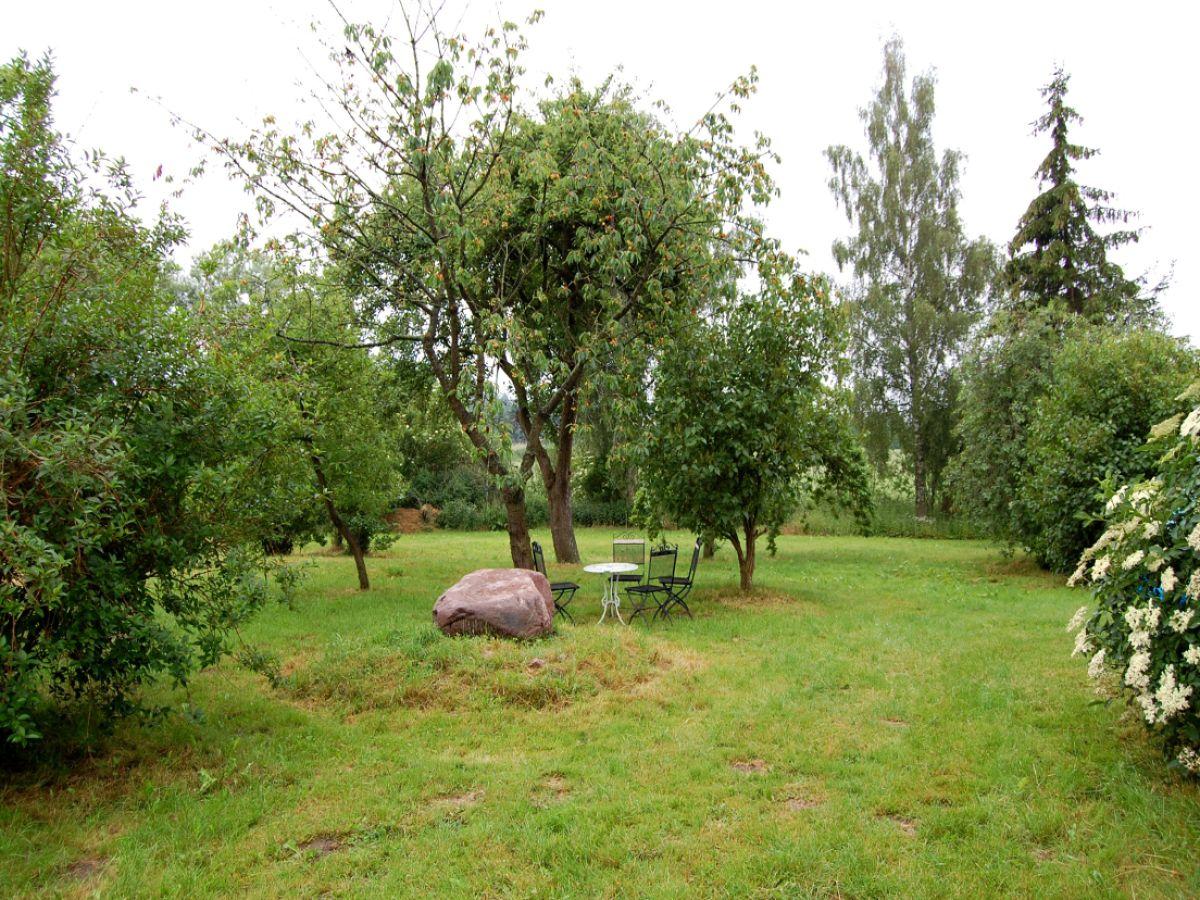 Ferienhaus salchow vorpommern greifswalder bodden for Garten sitzgruppe