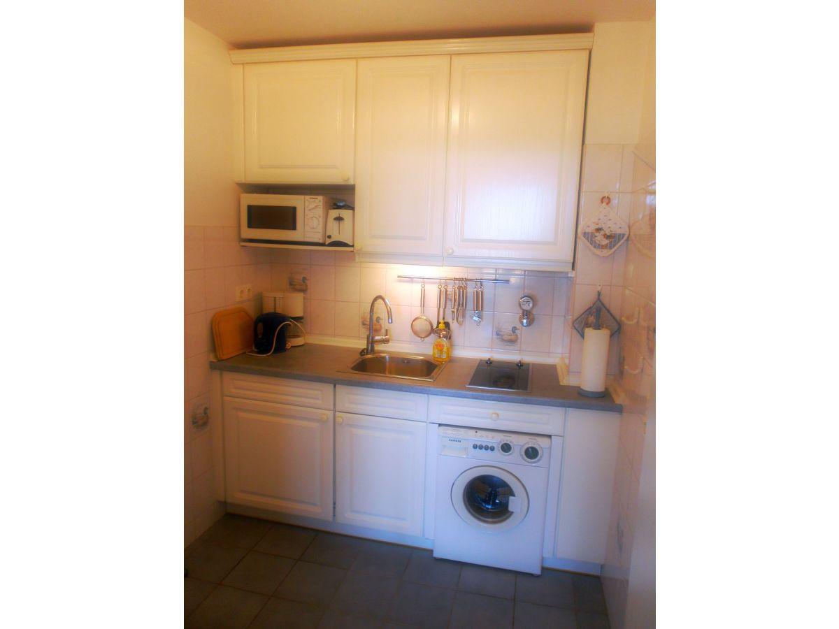 Küchenzeile Mit Elektrogeräten Und Waschmaschine ~ ferienwohnung mellhörn 51 16, nordfriesische inseln, sylt