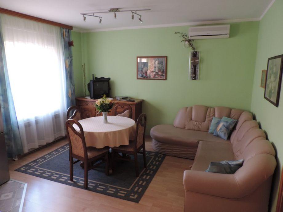 ferienwohnung justinic krk vantacici firma apolinar. Black Bedroom Furniture Sets. Home Design Ideas