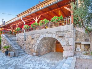 Ferienwohnung in der Villa Finka