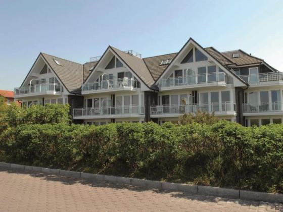 Ferienwohnung 23 haus residenz in duhnen duhnen cuxhaven nordsee deutschland frau for Ferienunterkunft nordsee