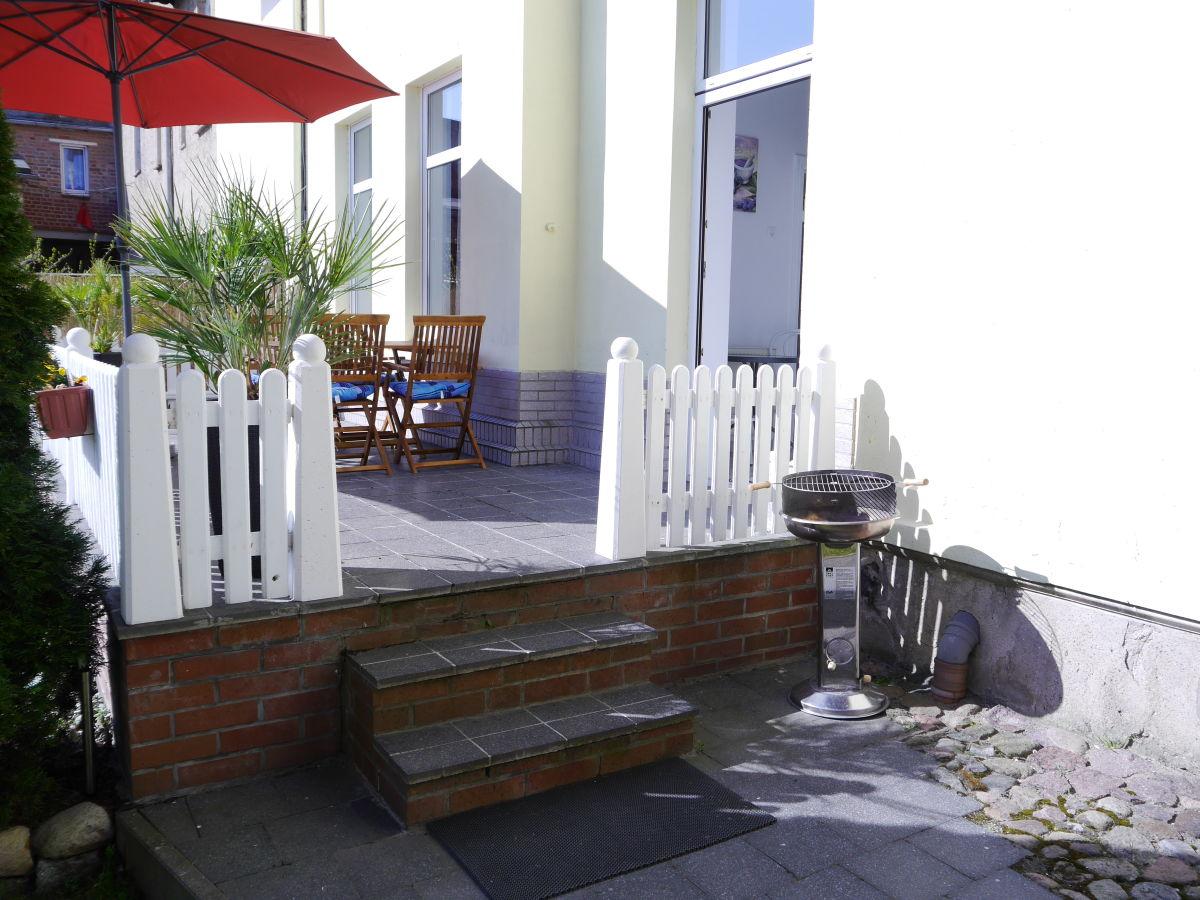 ferienwohnung lisa mecklenburgische seenplatte firma. Black Bedroom Furniture Sets. Home Design Ideas