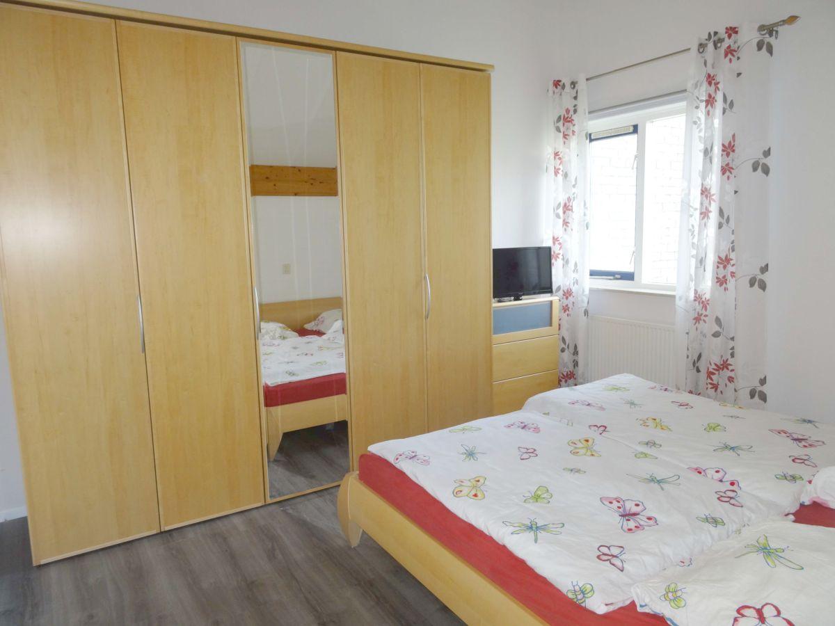 ferienhaus villa muschelsucher nordholland frau. Black Bedroom Furniture Sets. Home Design Ideas