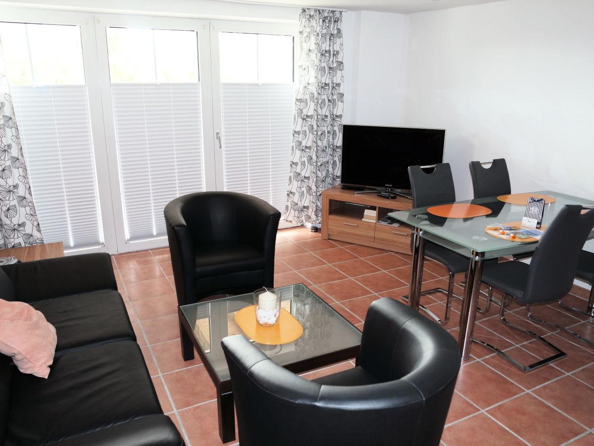 ferienwohnung dornum nordsee ostfriesland dornumersiel firma wohnungen am frau. Black Bedroom Furniture Sets. Home Design Ideas