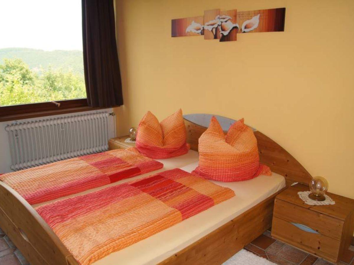 Schlafzimmer Orange ~ Dekoration und Interior Design als ...