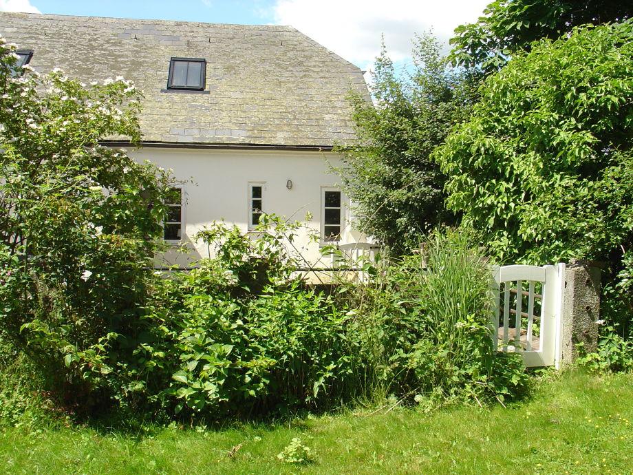 Haus vom Garten