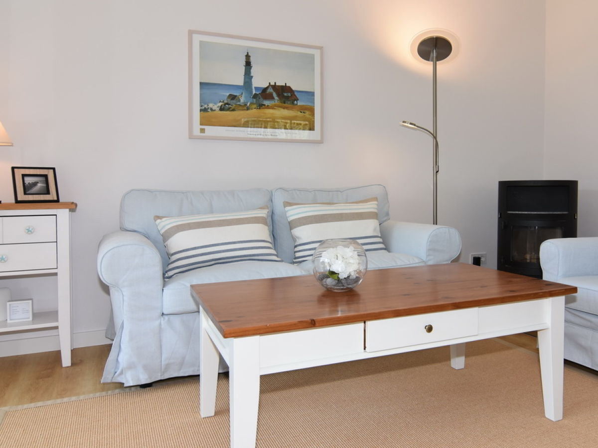Ferienhaus fiete sylt nordfriesische inseln firma reinhold riel immobilien gmbh frau maike - Sitzgruppe wohnzimmer ...