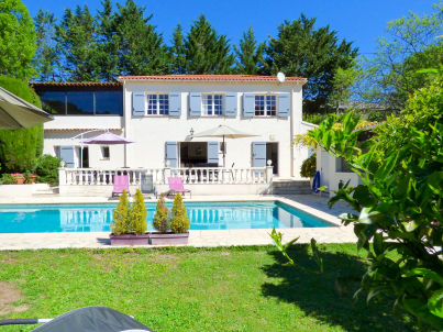 with pool and garden at Vallauris