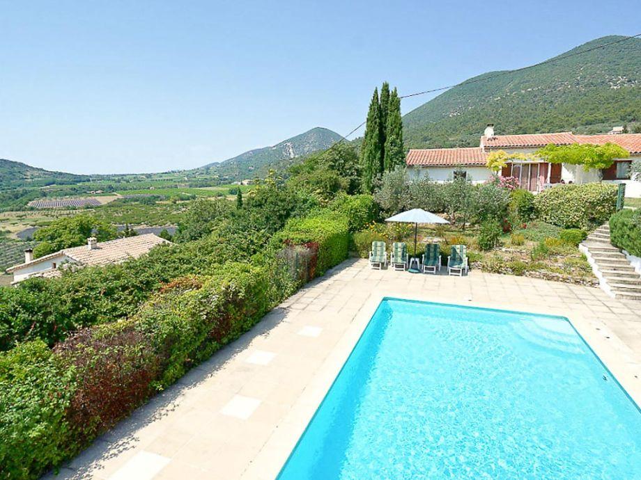 Ferienhaus mit privatem Pool und weitem Blick