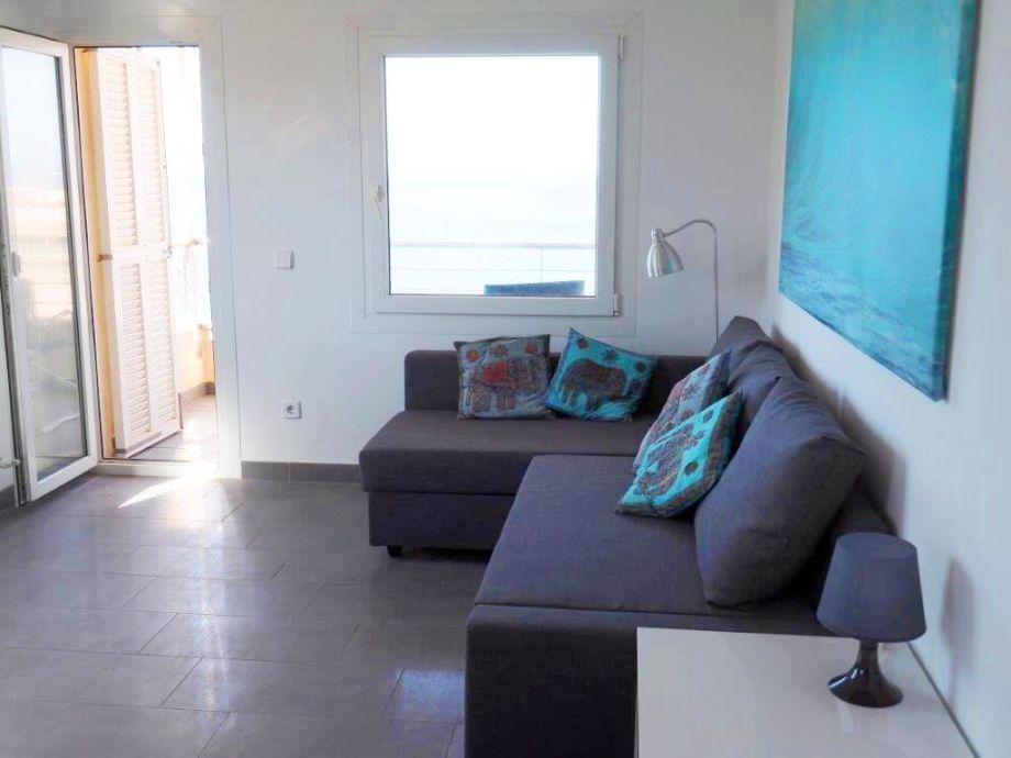 Wohn- und Essbereich der Ferienwohnung Caracol