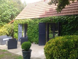 Holiday cottage Le Clos (beach 1.5km) - dog friendly