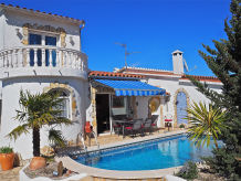Holiday house CASA AZUL f. 6 persons w.pool