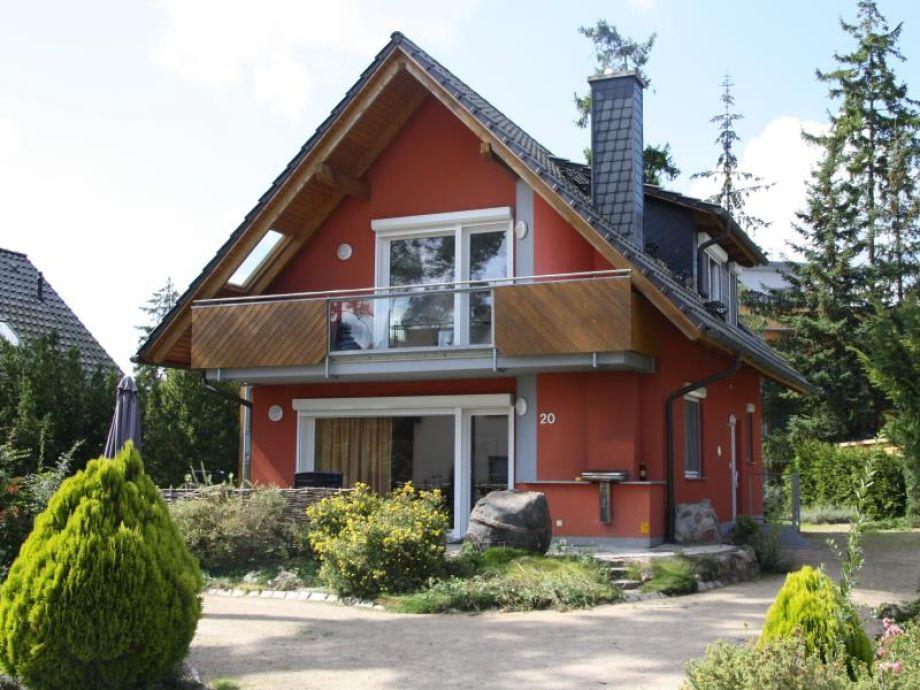 Haus mit Vorgarten