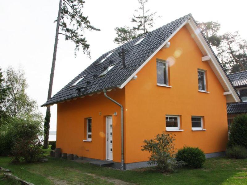Ferienwohnung 12 - familienfreundliches Ferienhaus mit großem Garten & Seeblick in Röbel/Müritz