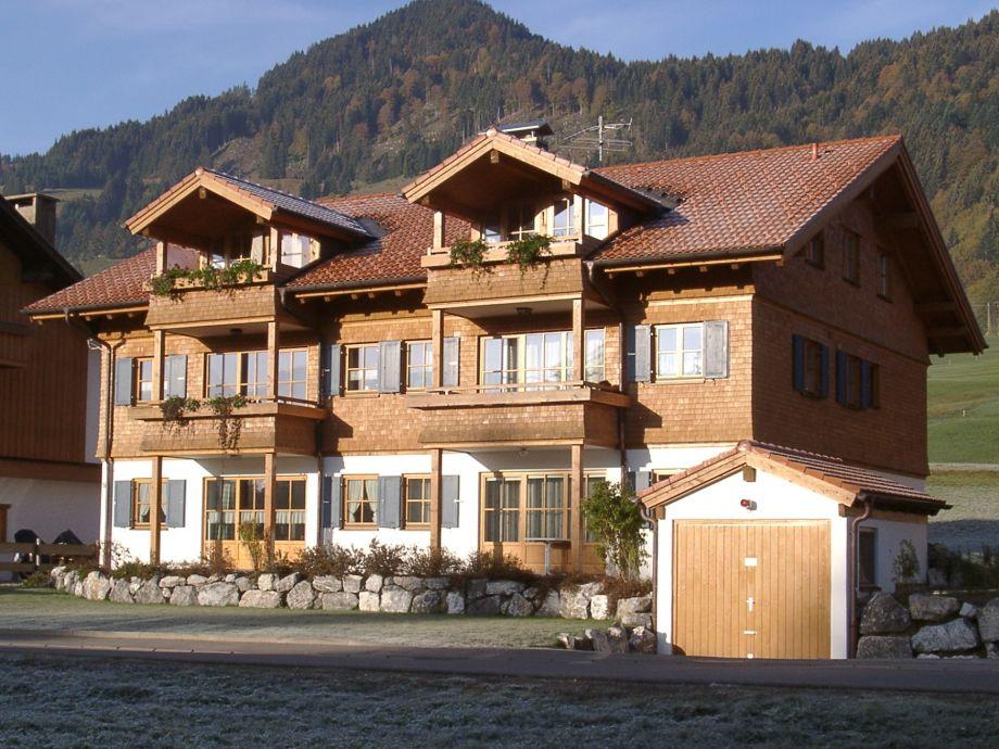 Haus Am Riedbach mit Ferienwohnung Wikasa