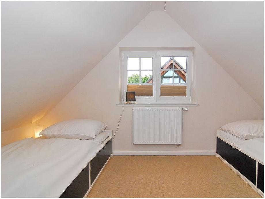 wohnzimmer in orange streichen