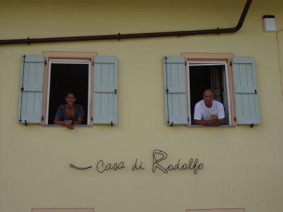 Ihr Gastgeber Martha und Rodolfo Iselin