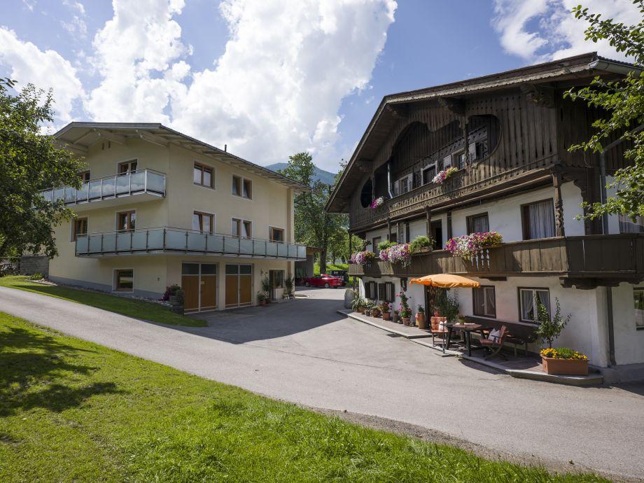 Außenaufnahme Ferienhaus Stoanerhof