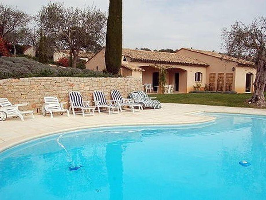 Provenzalische Villa mit grossem Pool