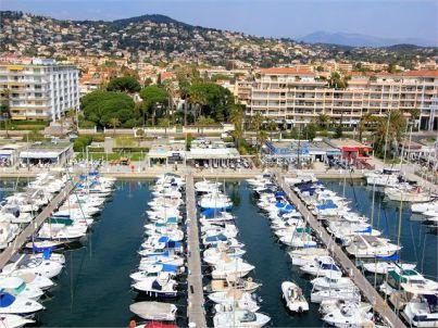 Schöne Ferienwohnung am Hafen und Strand Stadtzentrum