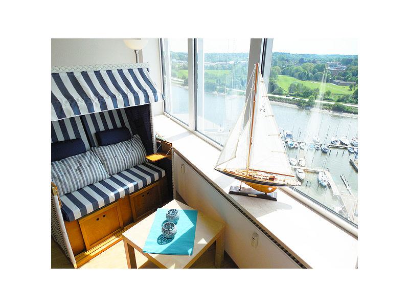 """Ferienwohnung """"Boatsman's Cabin"""" über den Wolken des Ostseefjords Schlei"""