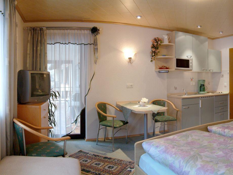 ferienzimmer apartment in der pension mariental