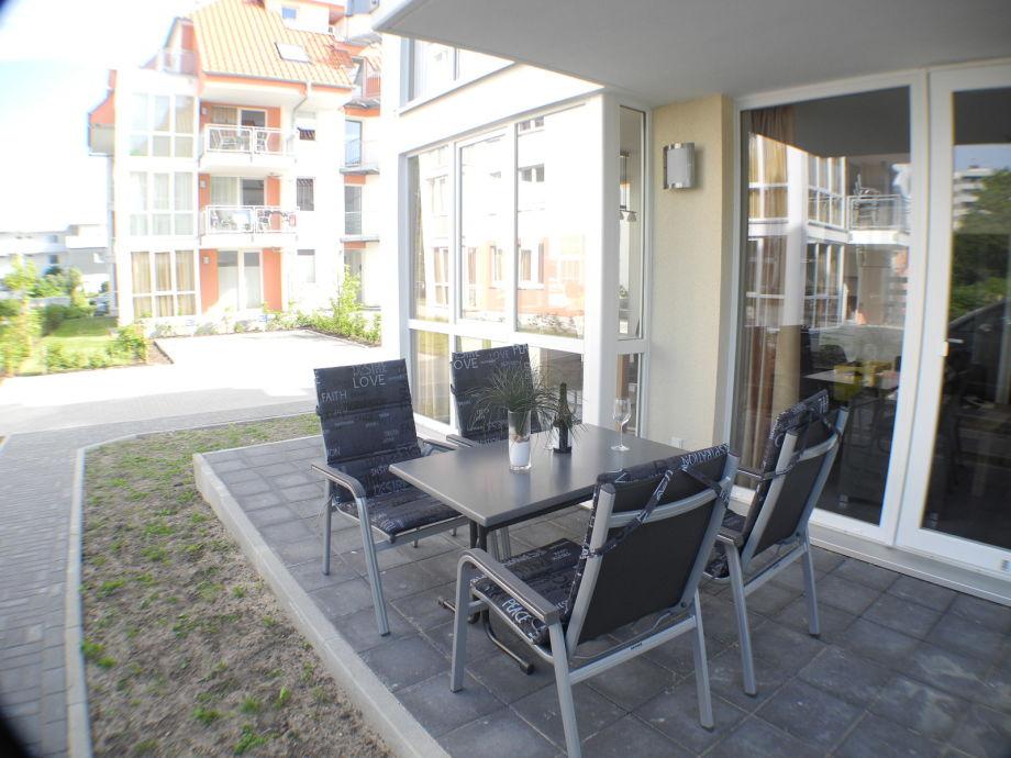 unsere Terrasse mit Terrassenmöbel