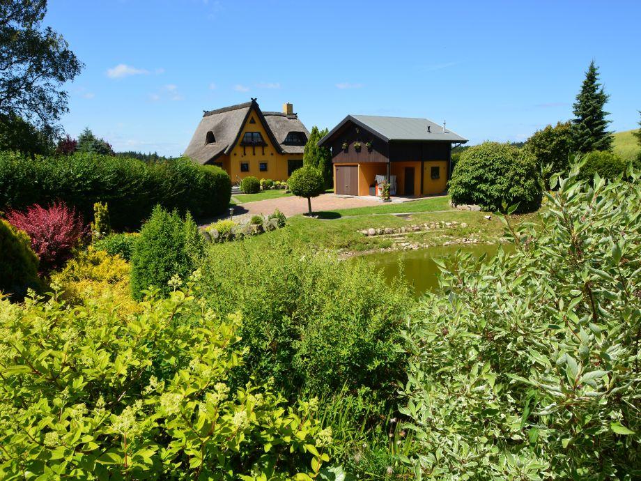 Landhaus Pauline mit großem Garten und Teich (Biotop)