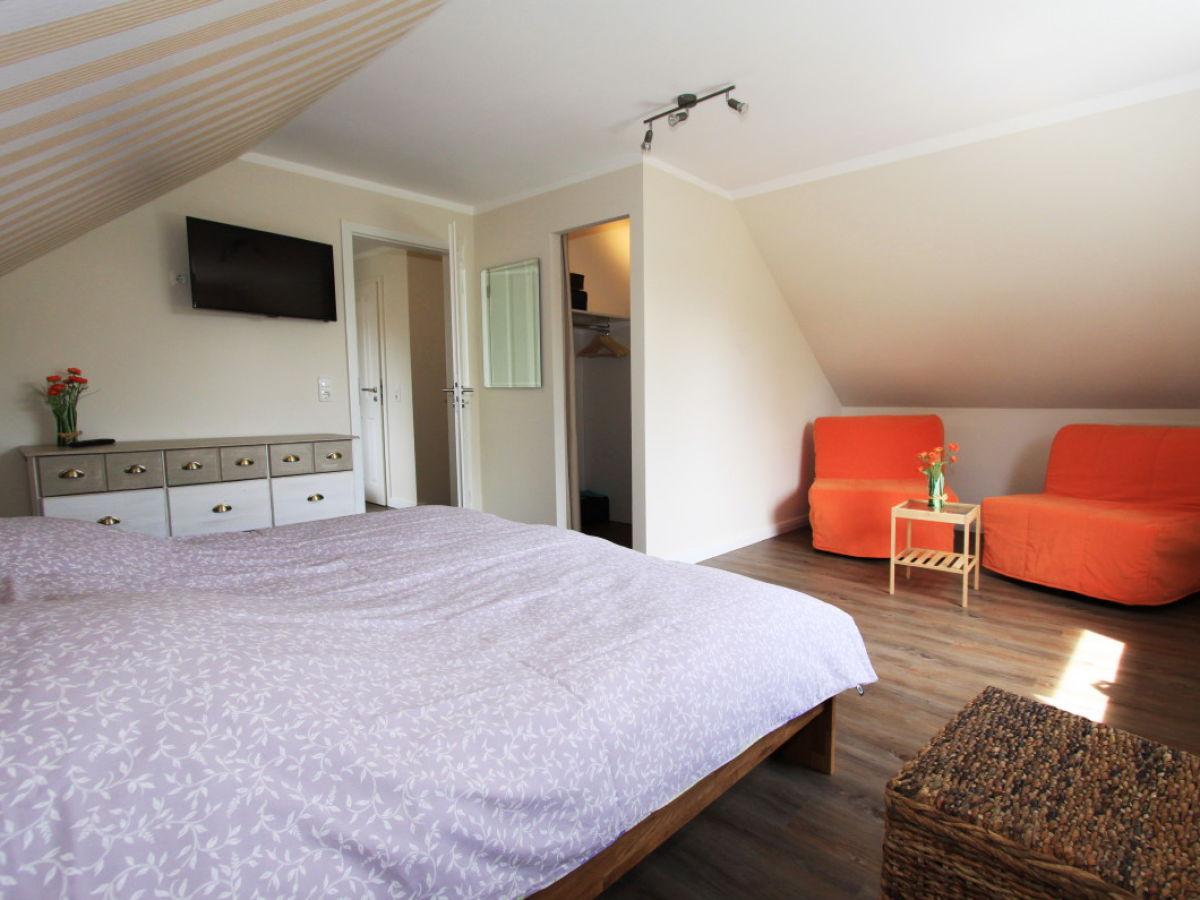 ferienhaus jonas ostsee hohwachter bucht herr andre tietze. Black Bedroom Furniture Sets. Home Design Ideas