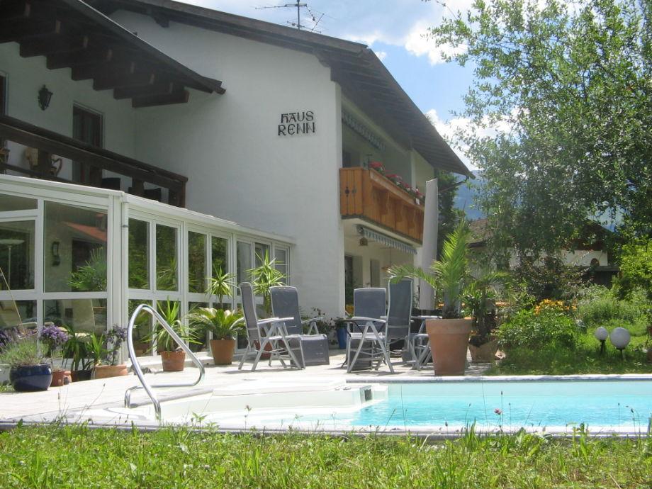 Unser Haus mit dem solargeheizten Swimmingpool