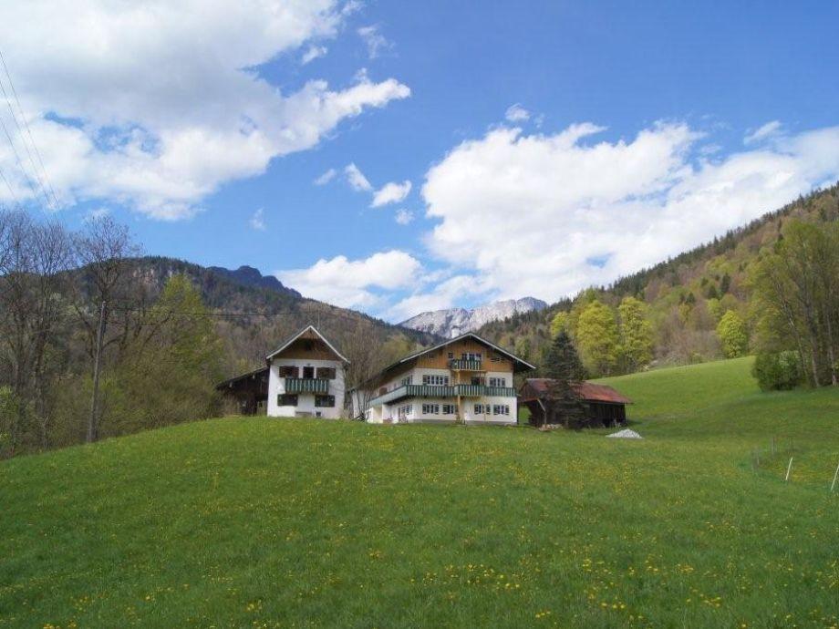 Landhaus Perllehen mit Untersberg