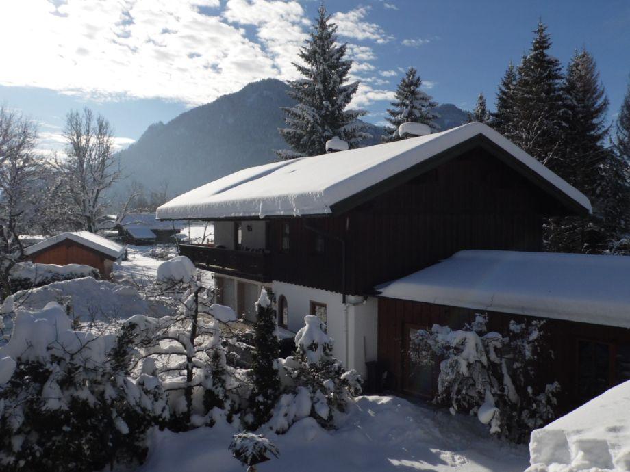 Wintermärchen am Ferienhaus Eva