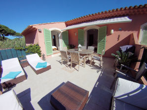 Holiday apartment in the Villa Carasol II