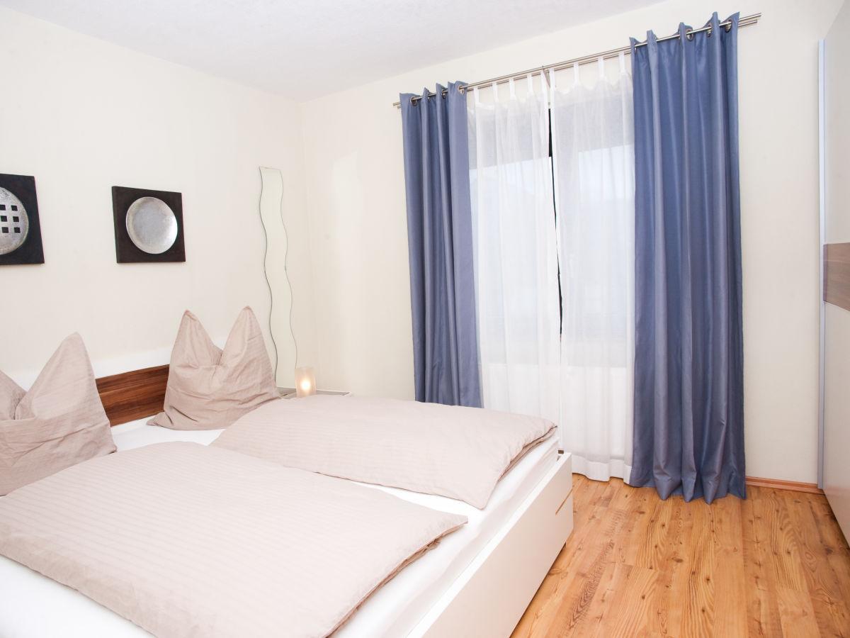 ferienwohnung mesenich rheinland pfalz mosel firma. Black Bedroom Furniture Sets. Home Design Ideas
