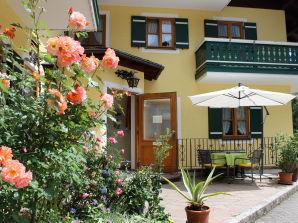 Ferienwohnung A im Landhaus Waldhauser