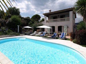 Provenzalische Pool Villa La Tour